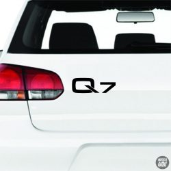 Audi Q7 felirat
